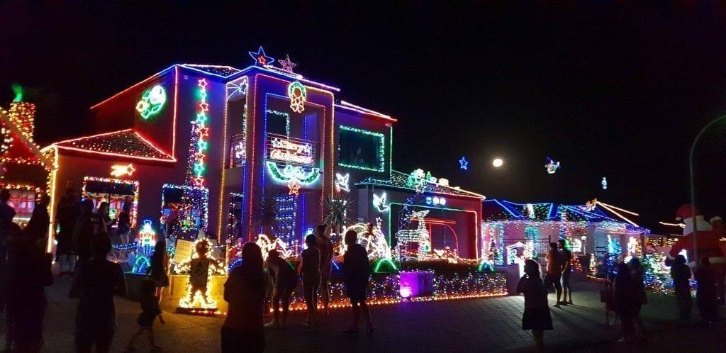 Narrien-Loop-Hocking-perth-christmas-lights
